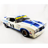 1:18 Ford XC Cobra Hardtop 1978 Sole Race Winner Classic Carlectables 18328
