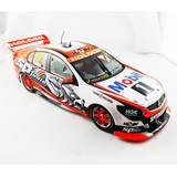 1:18 Garth Tander 2014 HRT Holden VF Commodore Classic Carlectables 18558