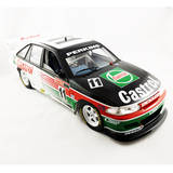 1:18 Holden VP Commodore 1993 Bathurst Winner Perkins / Hansford 18486 Classic Carlectables