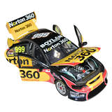 1:18 Biante Ford BF Falcon - #999 James Moffat (2009) B18302F